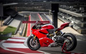 Panigale-Ducati-Motorcycle-Picture-HD