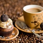 23-02-17-coffee-coffee-beans-cupcake-candy10556
