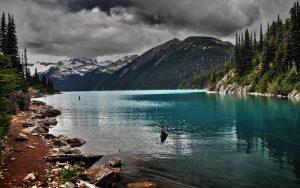 ---lake-mountain-cloudy-10052