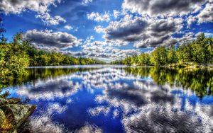 ---lake-water-reflecting-10068