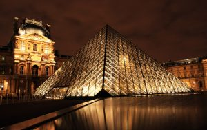 ---louvre-museum-at-sunset-10257