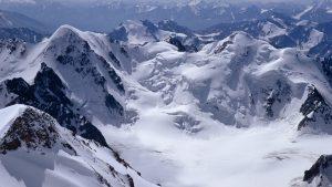 ---snow-mountains-background-11985
