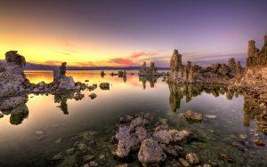 Tufa formations at sunset, south shore of Mono Lake, California, U