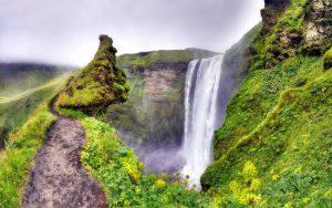 ---green-moss-canyon-waterfall-9451