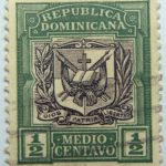 1906 1910 coat of arms republica dominicana half medio centavo green black color stamp