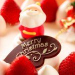 merry christmas 2880x1800 strawberry dessert santa claus 4k 3957